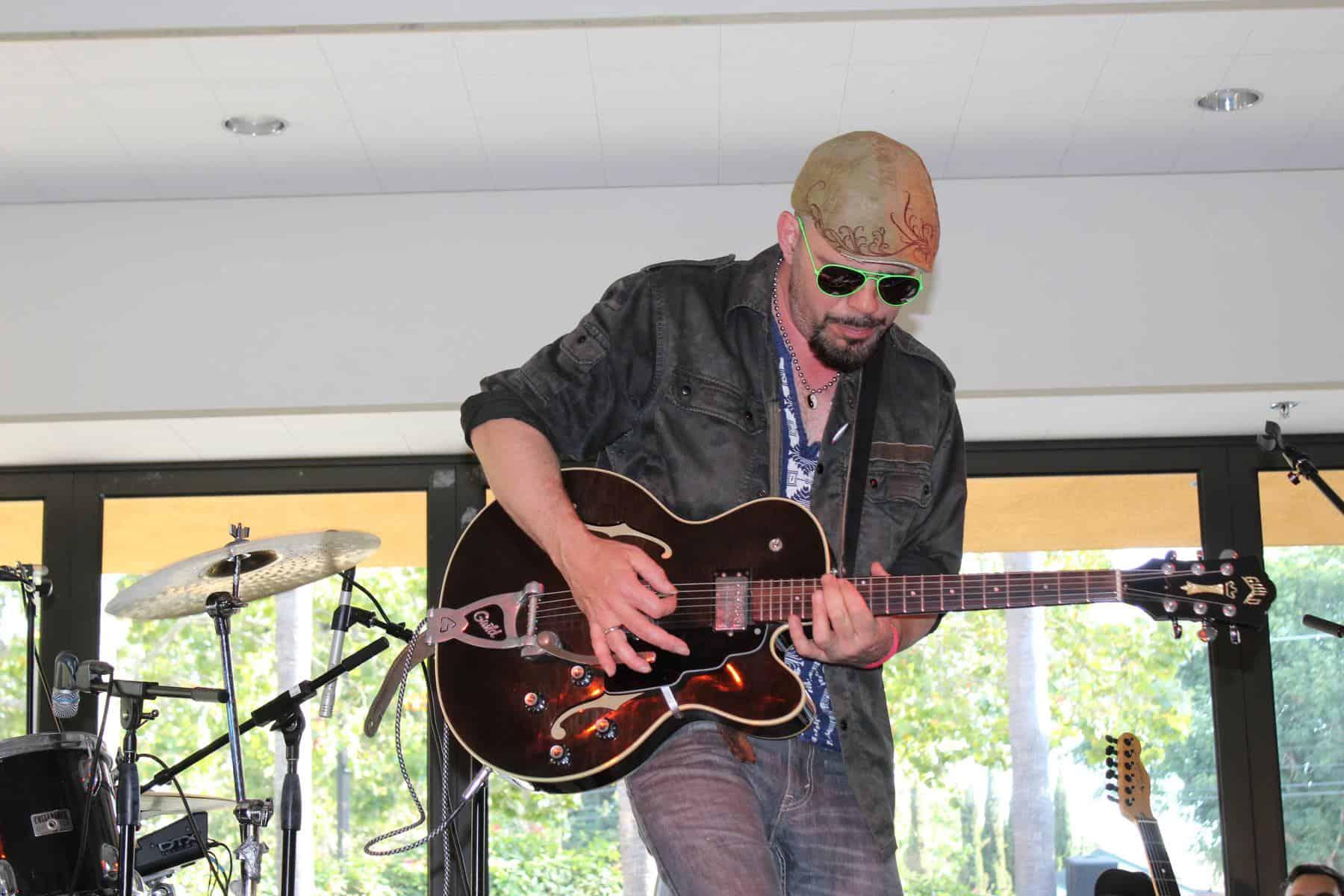 Guitarist with sunglasses